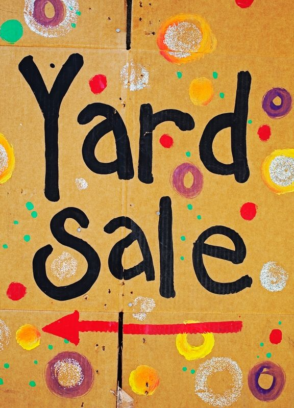Get Your Garage Sale On With Images Yard Sale Signs Garage