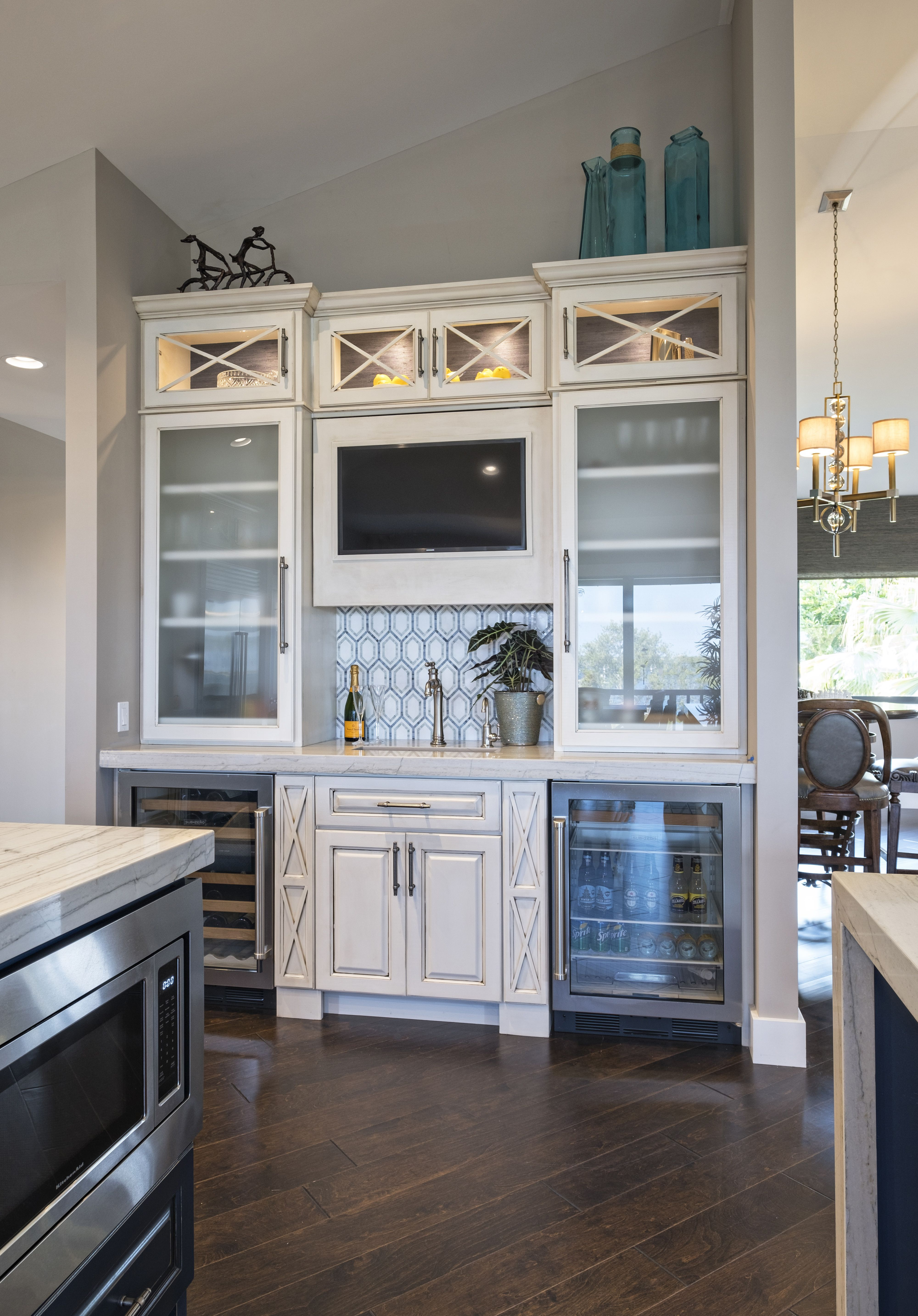Pin By Francesca Morgan Interiors On Culinary Worthy Kitchens Kitchen Design Kitchen Remodel Layout Kitchen Styling