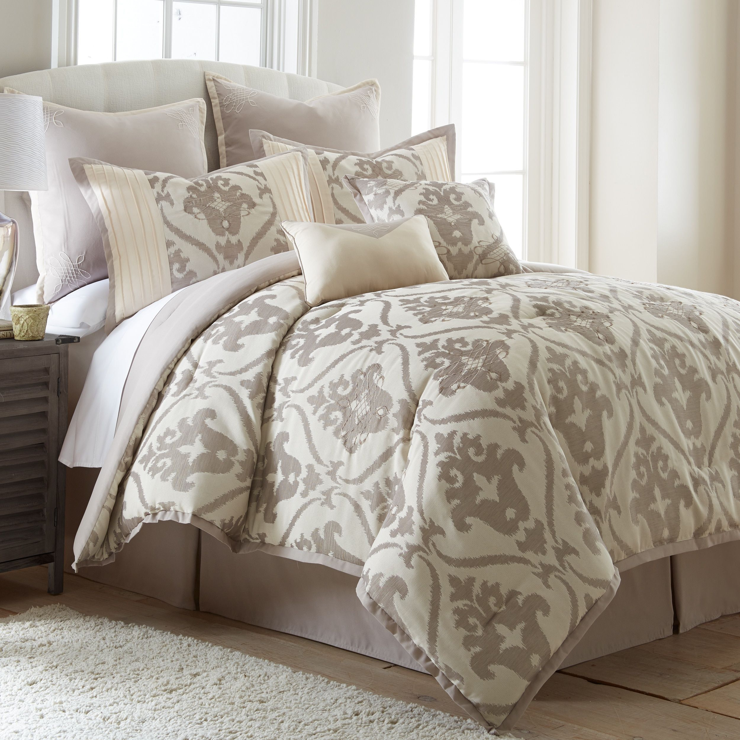 NEW Queen King Bed Tan Cream Embroidered Damask 8 Pc Comforter Euro Set  Elegant