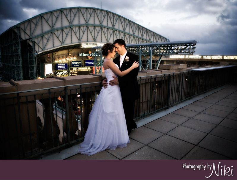 Union Station Rooftop At Astros Minute Maid Park Wedding Minute Maid Minute Maid Park Park Weddings