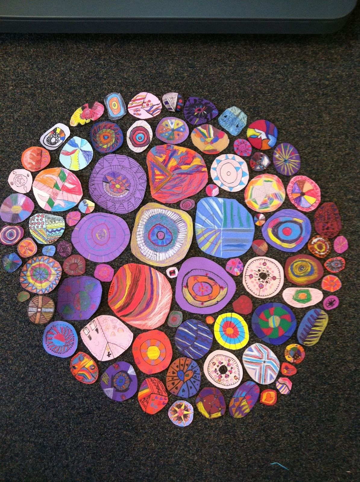 Collaborative Classroom Art Project : Interesting collaborative project inspired by artwork of