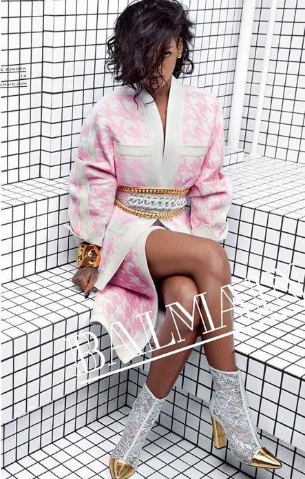 Rihanna es la nueva imagen de la firma de modas francesa Balmain, conoce la campaña con los mejores looks de la colección Primavera-Verano 2014. http://www.linio.com.mx/moda/?utm_source=pinterest&utm_medium=socialmedia&utm_campaign=MEX_pinterest___blog-fas_rihannabalmain_20131220_14&wt_sm=mx.socialmedia.pinterest.MEX_timeline_____blog-fas_20131220rihannabalmain14.-.blog-fas