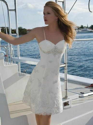 Simple elegant pleat ruched bodice and hem lace. www ...