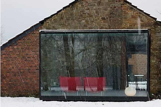 Modern Monday: Glass and Steel Room
