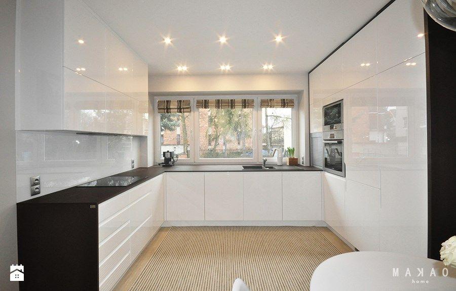 Projekt Sadyba Duza Otwarta Kuchnia W Ksztalcie Litery U Styl Nowoczesny Modern Kitchen Design Modern Kitchen Kitchen