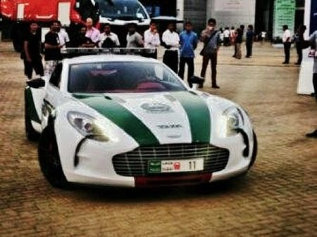Aston Martin One 77 Dubai Police Aston Martin Bentley Continental Gt Bentley Continental