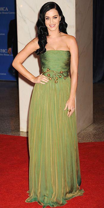 Katy Perry in a Giambattista Valli silk draped gown.