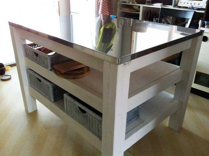 #3 KITCHEN TABLE - HANDSOME DIY