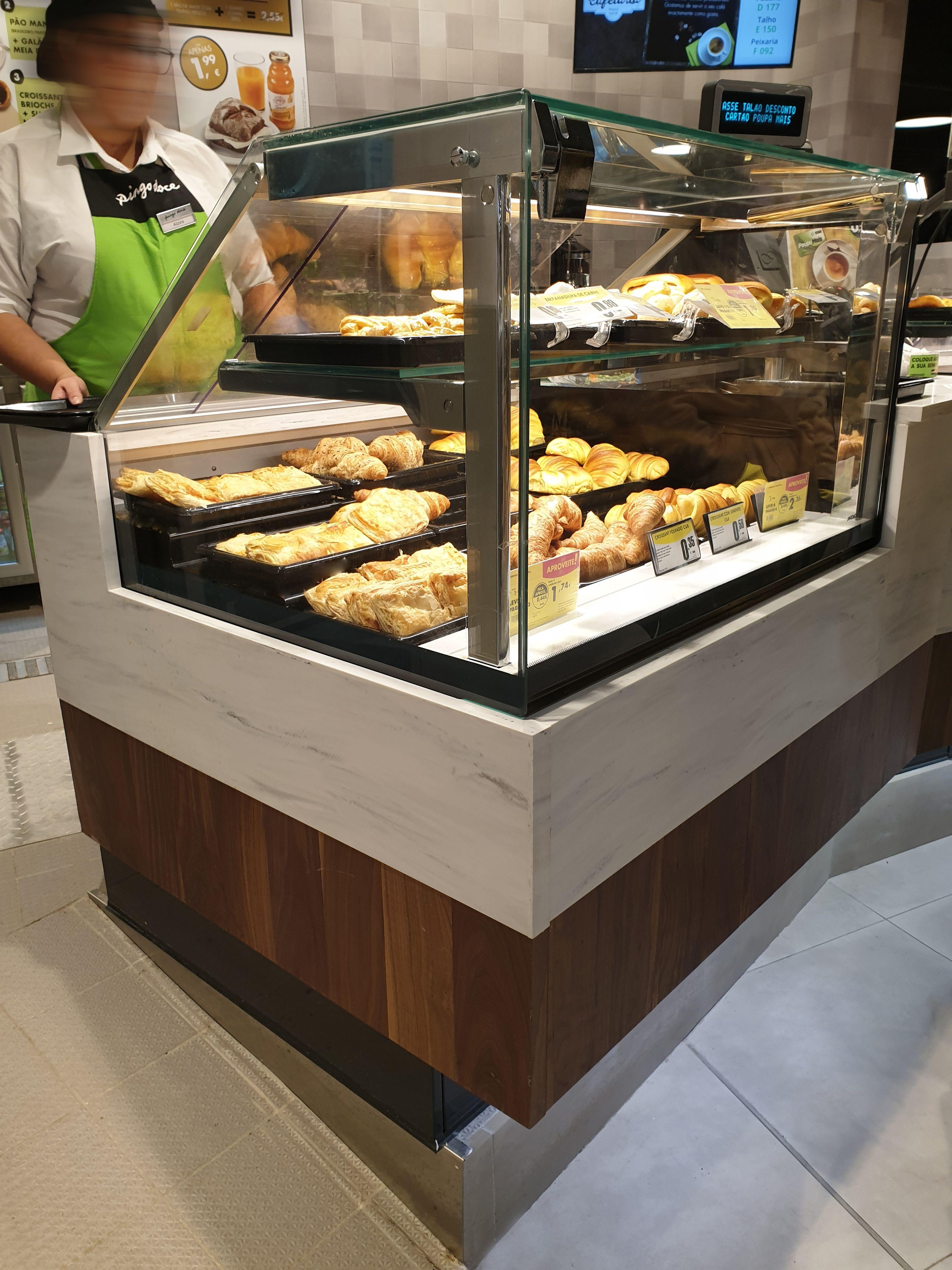 Jordao Coffee Shops Display Cases Coffee Shop Food Retail Bar Furniture Design