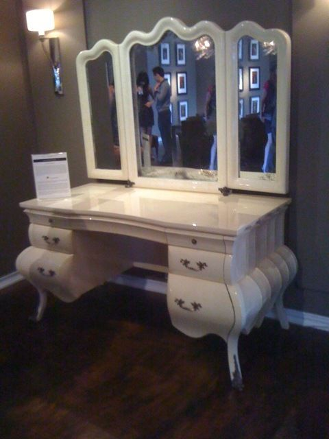 with tall corner sale vanities small ideas area krebszucht dressing makeup for mirror info antique table tables vanity
