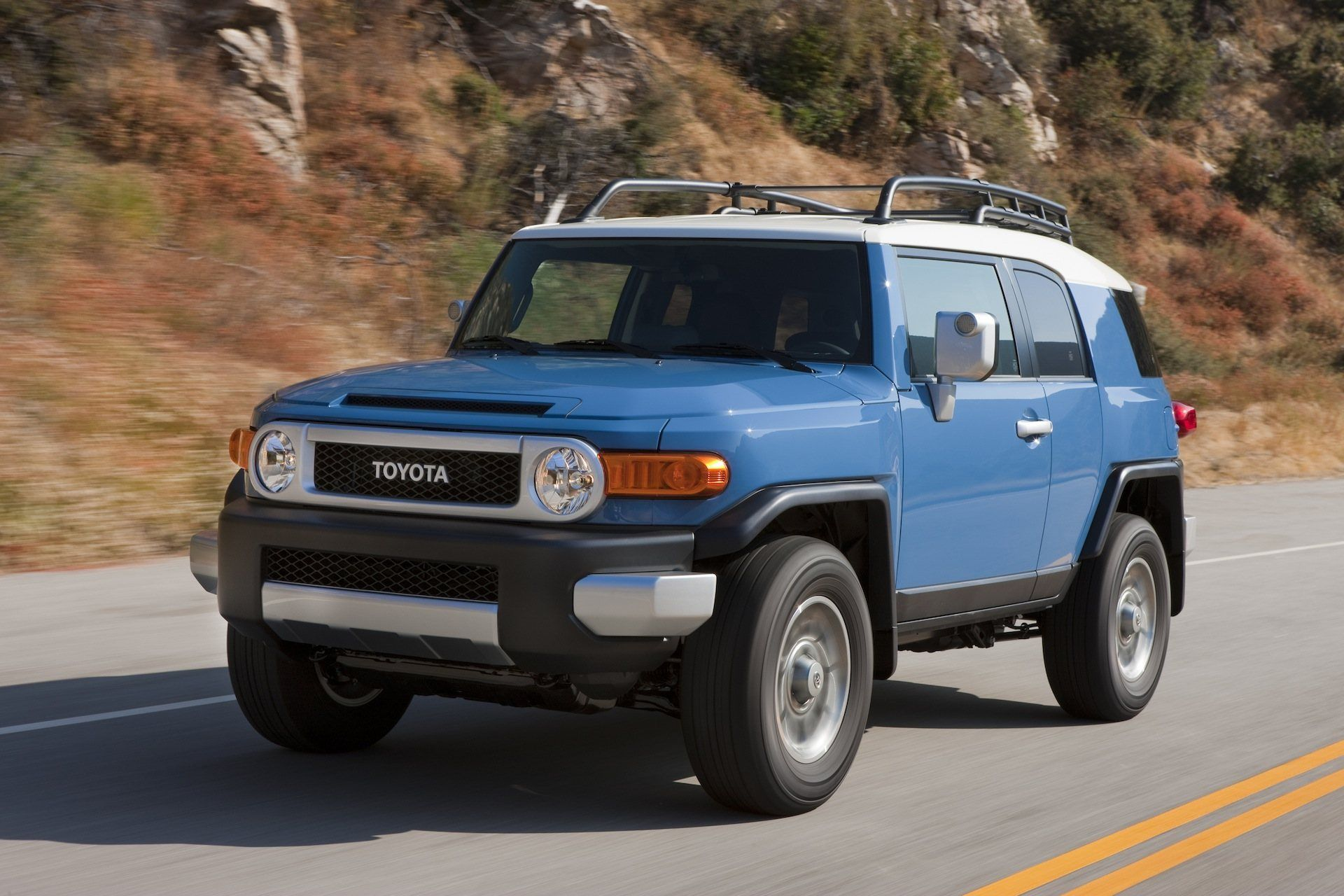 2020 Fj Cruiser Review And Release Date In 2020 Toyota Fj Cruiser Fj Cruiser 2014 Toyota Fj Cruiser