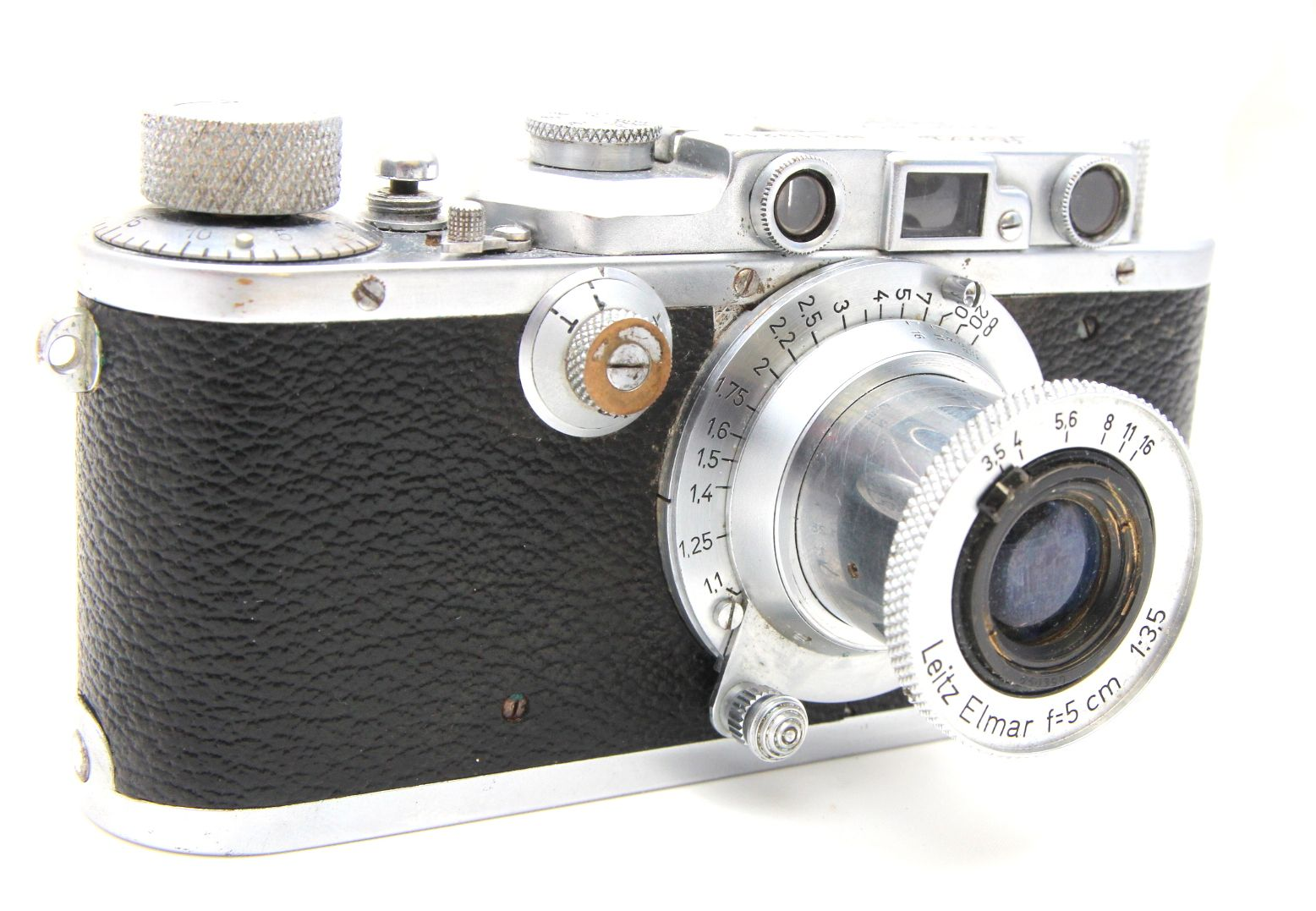 Leica III from 1933 with f3 5/50mm Elmar from 1948 | Leica
