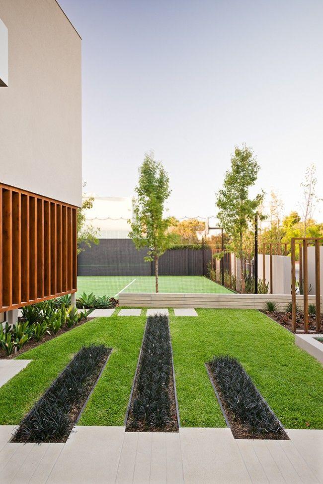Warm Minimalist Landscape Design In Caulfield Sustainable Architecture With Warmth Texture Front Garden Design Minimalist Garden Landscape Design