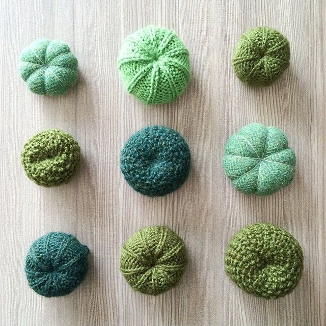 Carefree cacti fiber arts knitting crochet cactus for Piante grasse uncinetto