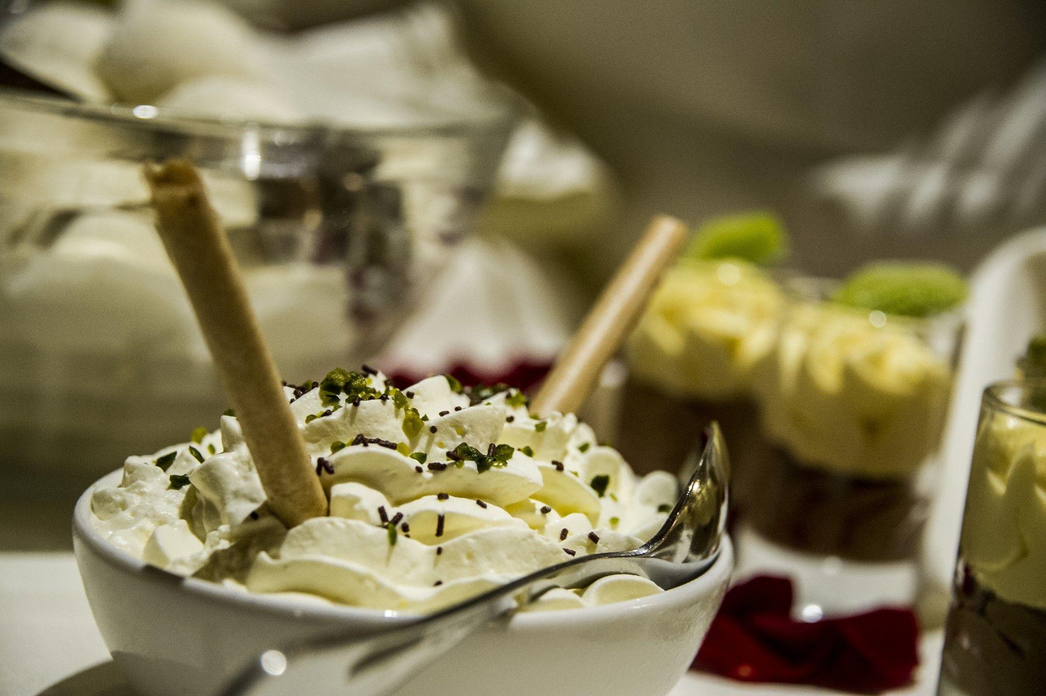 Köstliche Desserts für das Hochzeits-Menu: http://www.utokulm.ch/hochzeiten/hochzeits-menu/ @ UTO KULM Uetliberg