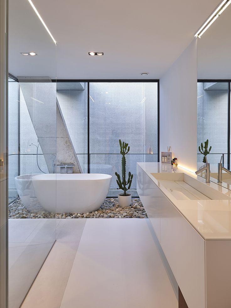 Photo of Freestanding bathtub, Walter Wuyts, bathroom, shower, bathtub, pebbles, stones, cactus, water … – architecture and art
