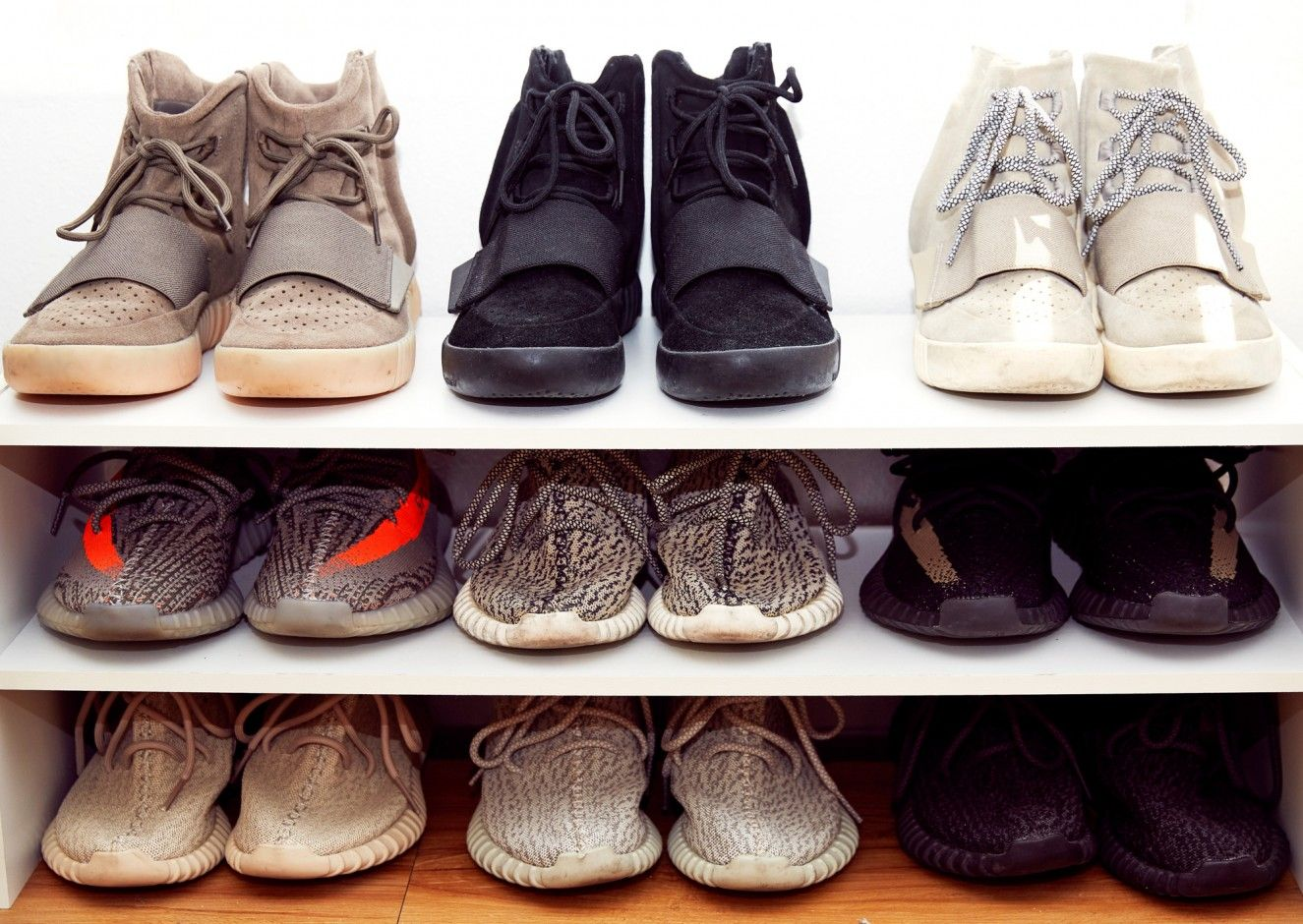 Kanye West Yeezy Sneakers Offered for Kidney   Time