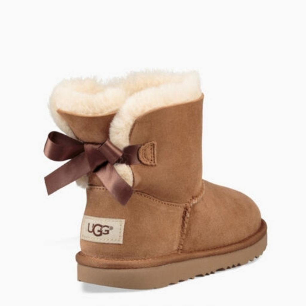 UGG Boots Mini BAILEY Bow ll Size 2 NWT