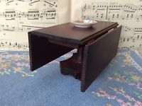 Antique Miniature TynieToy Tynie Toy Dollhouse Large Drop Leaf Pedestal Table