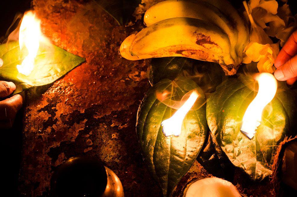 Pooja sthanya Ganga Talao (Grand Bassin) Mauritius - http://rakesh-beedasy.com/albums/ganga-talao-2013/