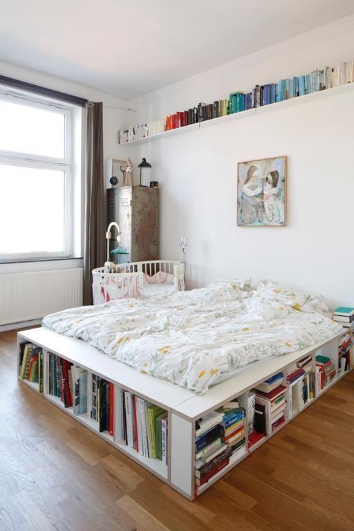 ausgefallene idee f r mehr stauraum das b cher bett schlafzimmer und lesezimmer in einem. Black Bedroom Furniture Sets. Home Design Ideas