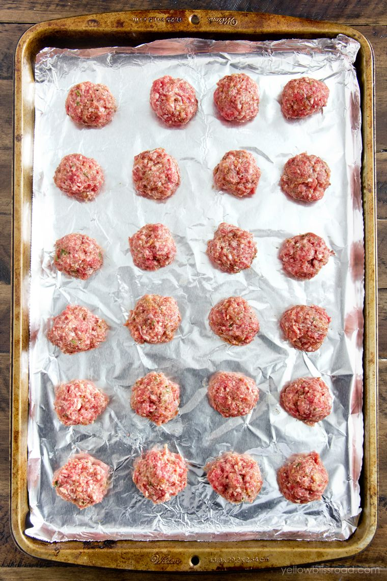 Easy Meatball Recipe - Step by Step (+VIDEO) | Lil' Luna
