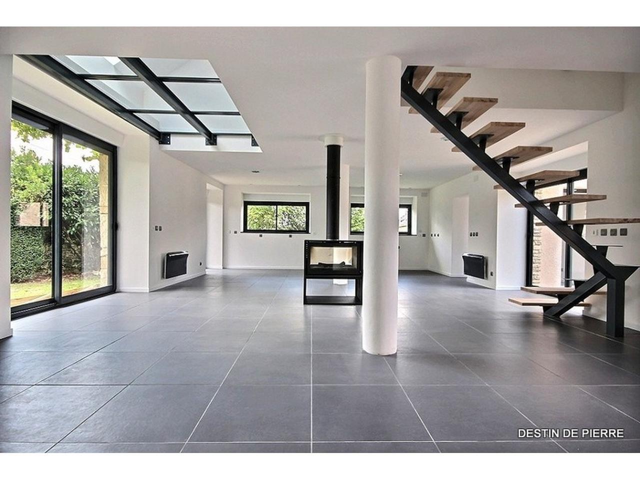 Puit de lumière | Puits de lumière | Grange rénovée, Maison ...