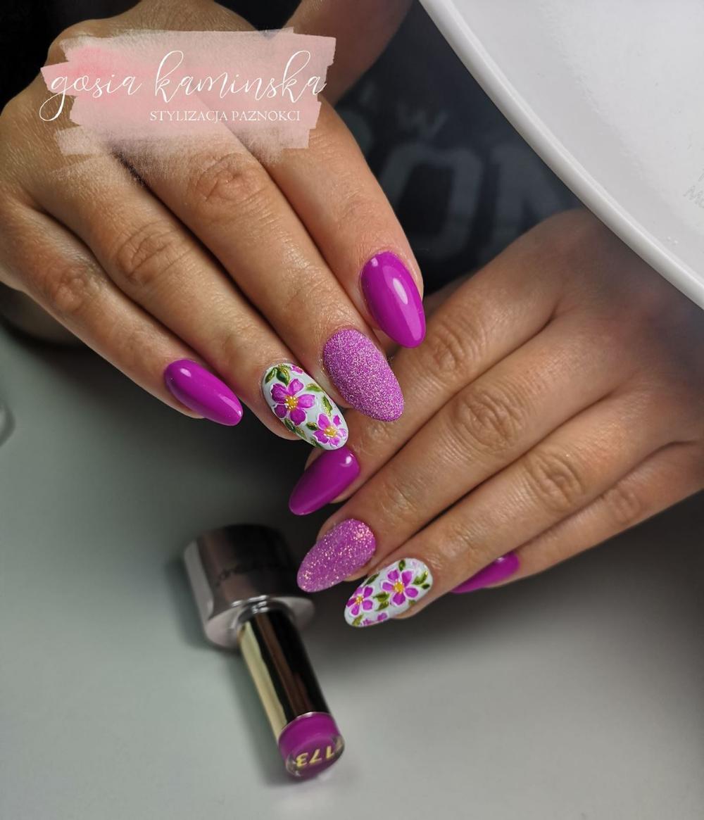 Paznokcie Fuksja Zdjecia Nails Blog