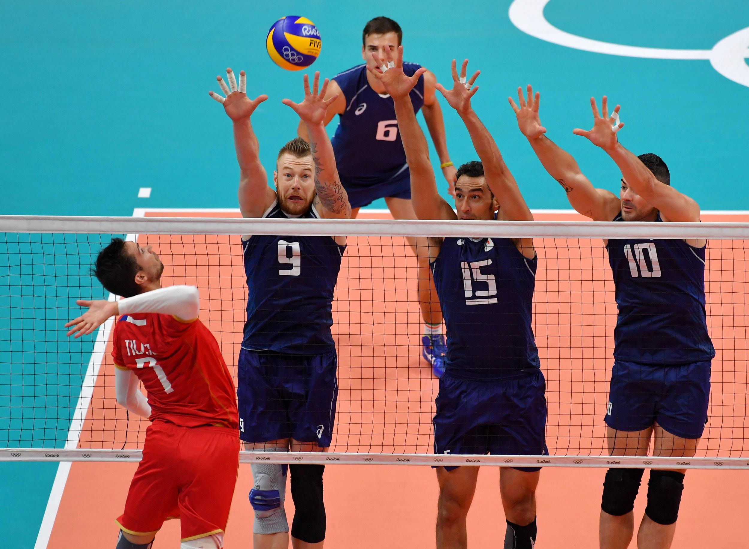 Kevin Tillie Spikes Against The Italian Triple Block Monster Block In 2020 Volleyball Image Kevin