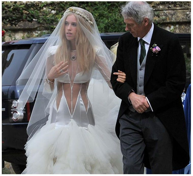 Old Ugly Wedding Dresses: Ugly Wedding Dresses You Won't Believe Are Real