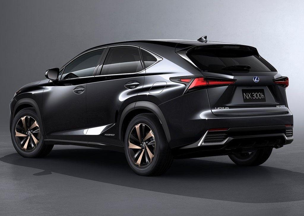 Lexus NX 300h discret restylage pour le bestseller