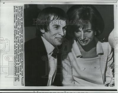 1966-Press-Photo-Rudolf-Nureyev-w-Princess-Lee-Radziwill-at-London-Club