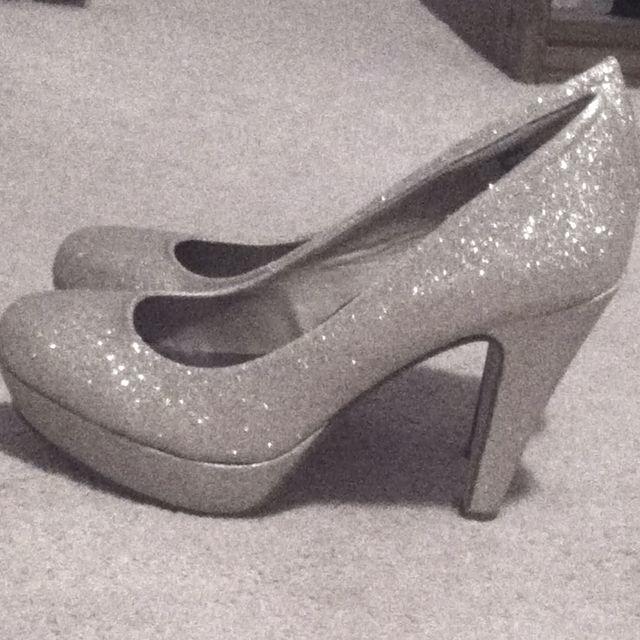 Winter Formal Heels ❤  d70f164d7bf7