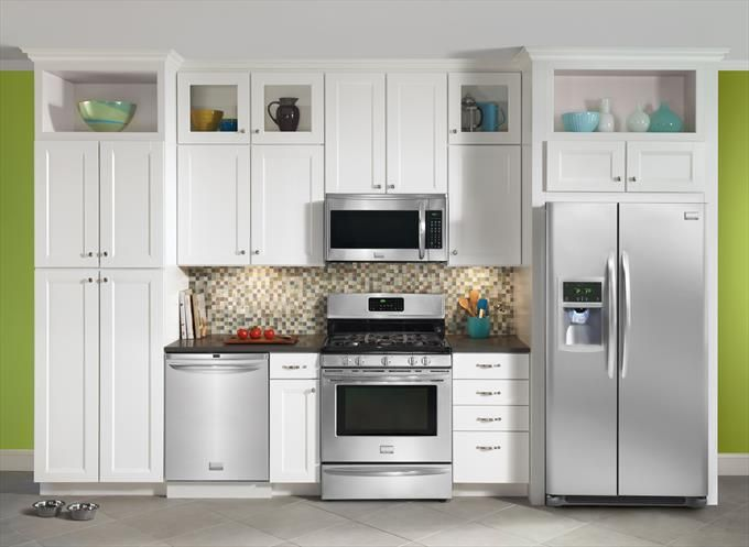 30 Gas Range 24 Dishwasher Microwave And 26 Cu Ft Side By Side Refrigerator Homeclick Comm Kitchen Appliance Packages Small Kitchen Kitchen Ventilation