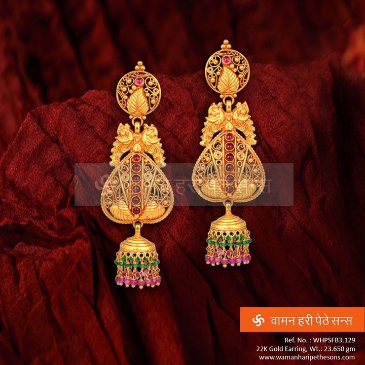 A #beautiful #gold #earring with #amazing combination of #style ...