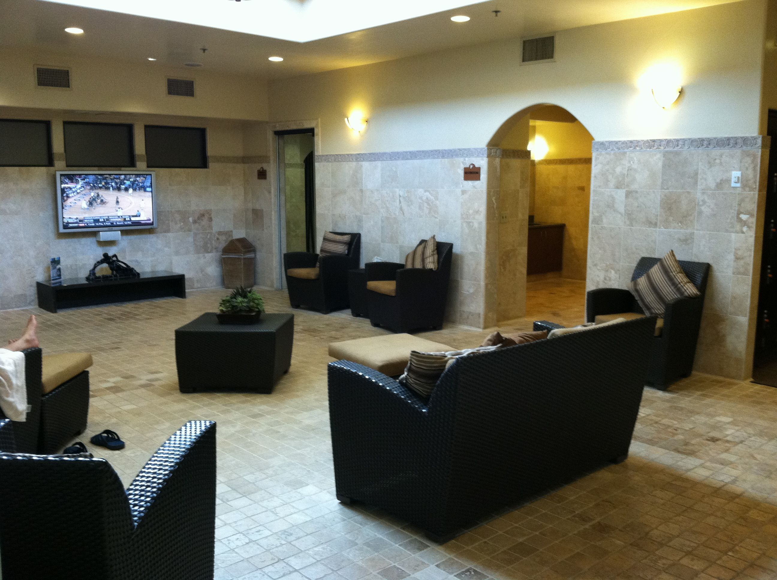Glen ivy rest time (men's locker room)