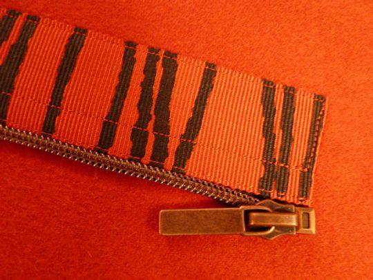 effet fantaisie de zip extra-large > katherine tilton's studio: Vogue 8863 - Fabric Possibilities and Zipper