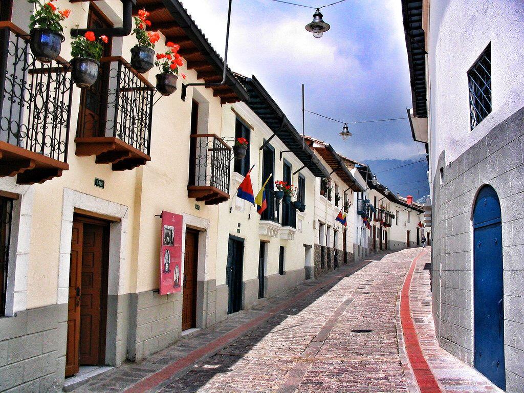 La Ronda Quito Ecuador And Machu Picchu - 12 cant miss sites in quito ecuador