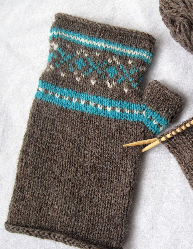 Free Knitting Pattern for Sporty Mitts - These fair isle fingerless ...