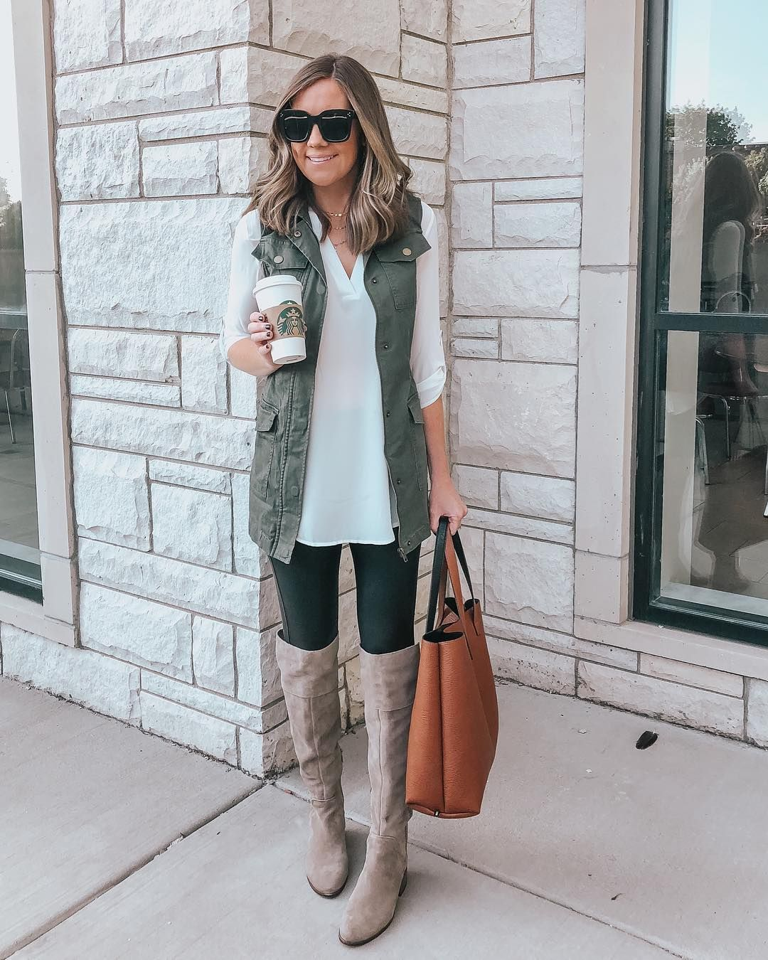 Leggings Outfits: 17 Ways to Style Leggings - Wishes & Reality -   17 dress Winter leggings ideas