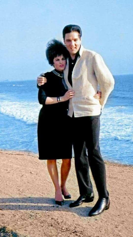 dating Elvis Presley Lyrics