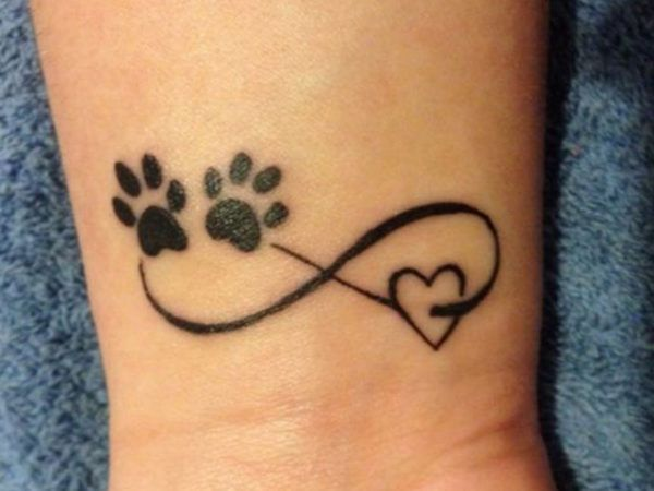 Tatuajes Para Mujer Pequenos Amantes De Los Perros Tatuajes Patitas De Perro Tattoo Huellas Tatuajes De Mascotas