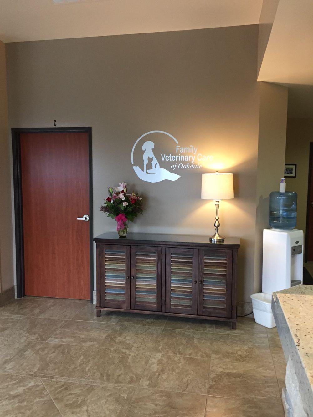 Lobby/logo Oakdale, Home decor, Veterinary hospital