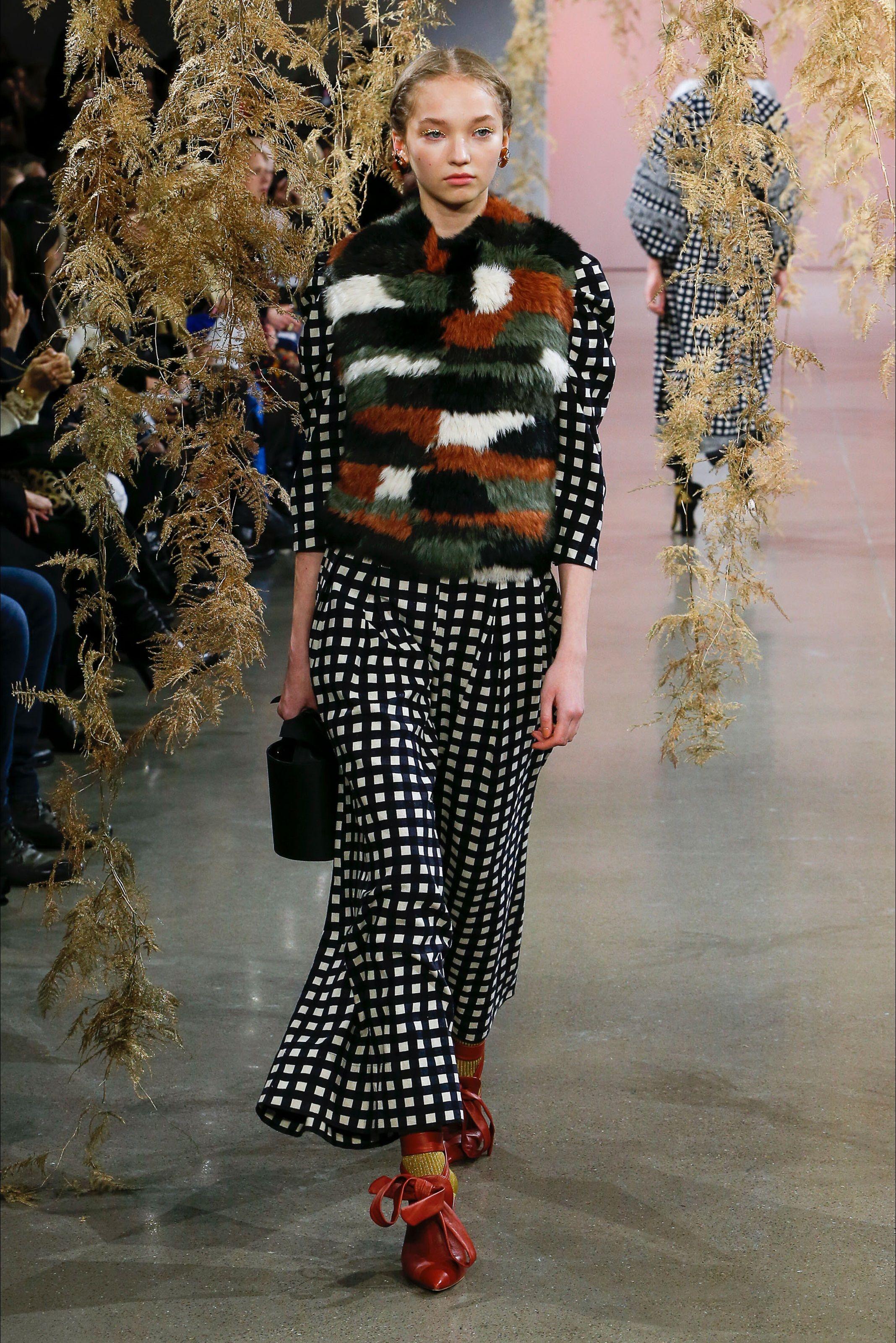 Sfilata Ulla Johnson New York - Collezioni Autunno Inverno - Vogue 1505da521fe