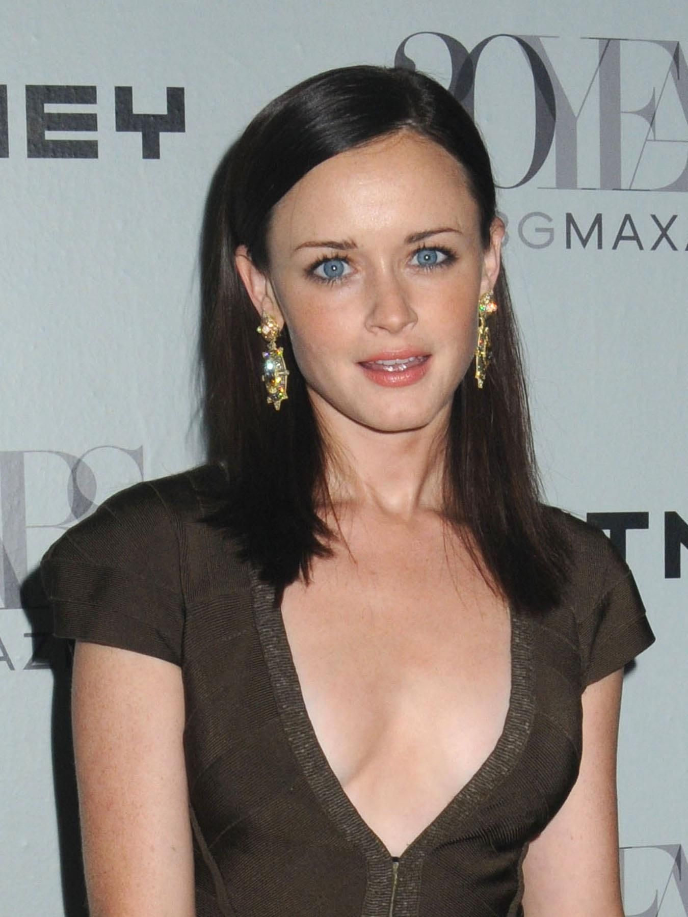Alexis Bledel Hd Wallpapers Alexis Bledel Beauty Rory Gilmore