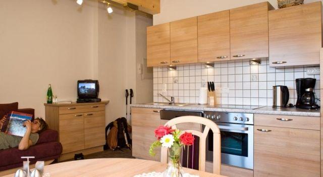 Haus Sonnberg - #Apartments - $69 - #Hotels #Austria #KalsamGroßglockner http://www.justigo.me.uk/hotels/austria/kals-am-grossglockner/haus-sonnberg_39909.html