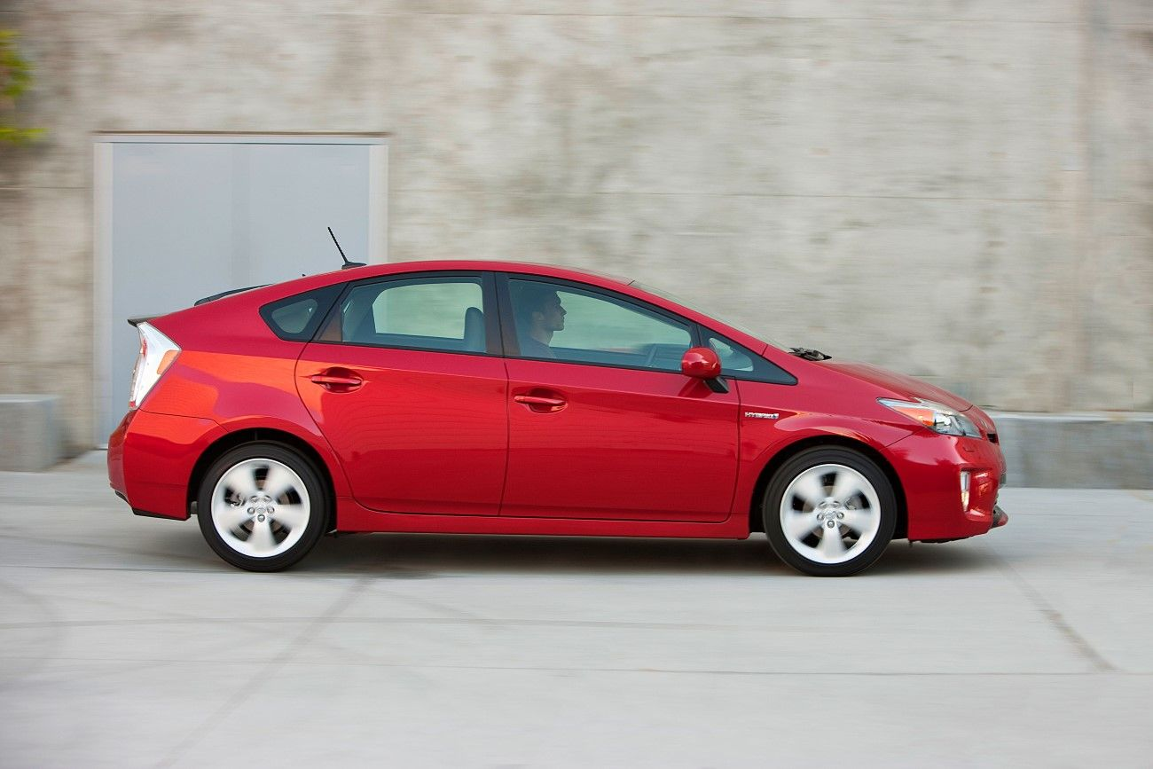 Us Prius Sales In 2013 Most Popular Car In California Toyota