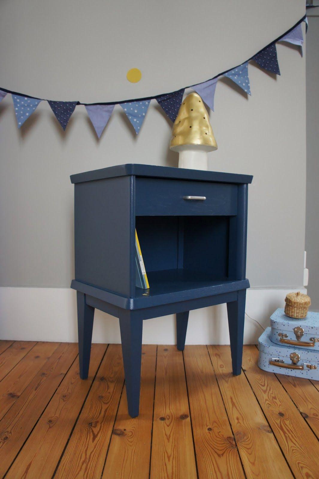 table chevet vintage Decor, Home decor, Diy for kids