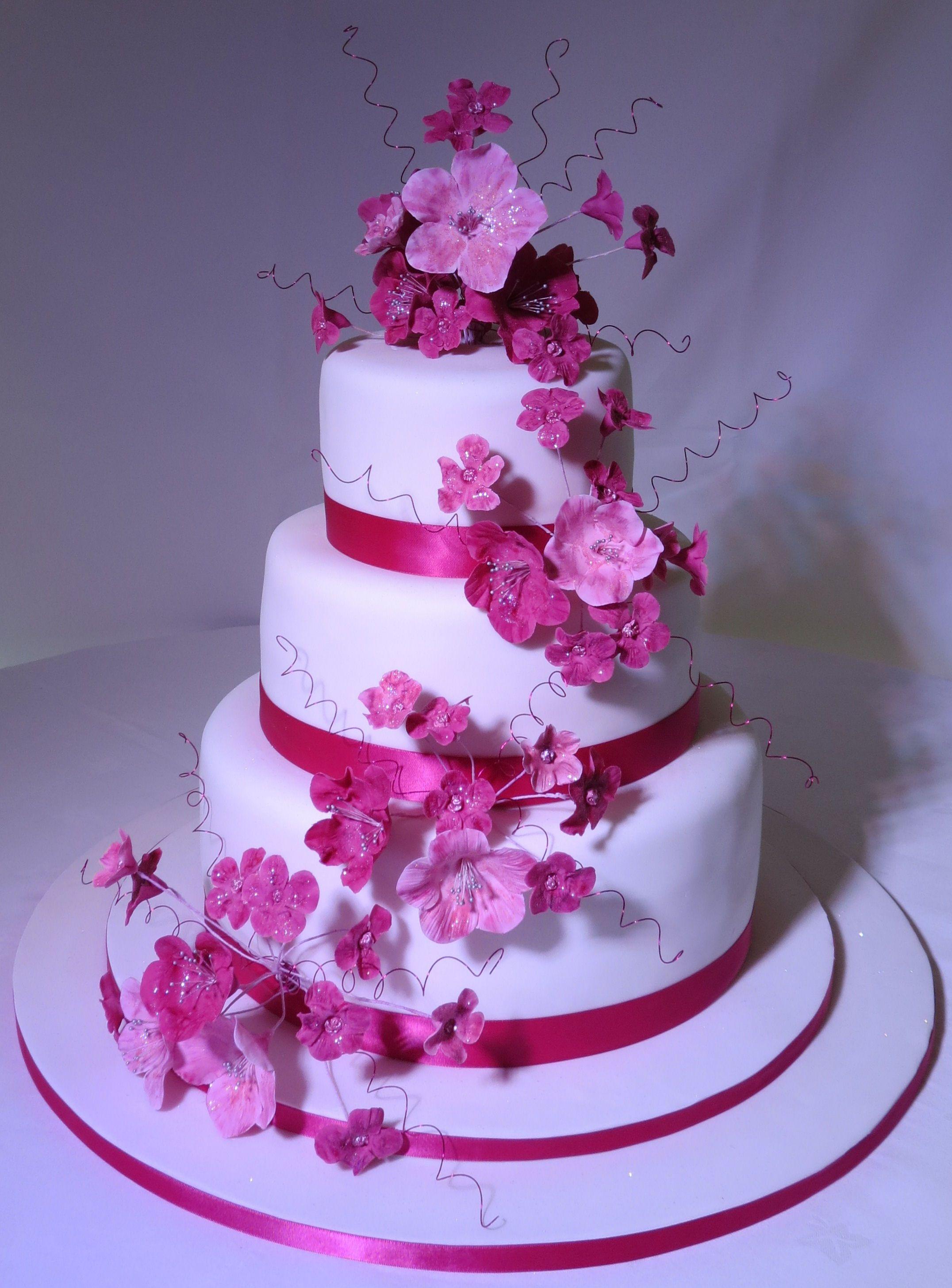 Fuschia pink flower wedding cake cakes pinterest wedding cake fuschia pink flower wedding cake mightylinksfo
