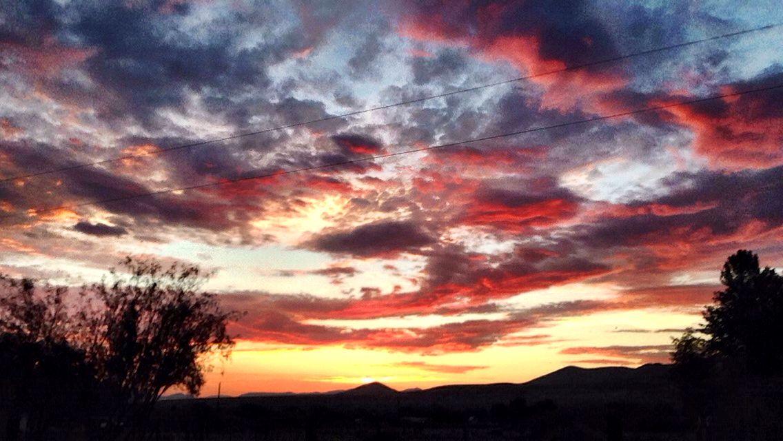 Arizona sunset by Silvia Chacon